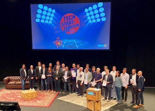 rooom AG auf Bühne StartupCon 2018