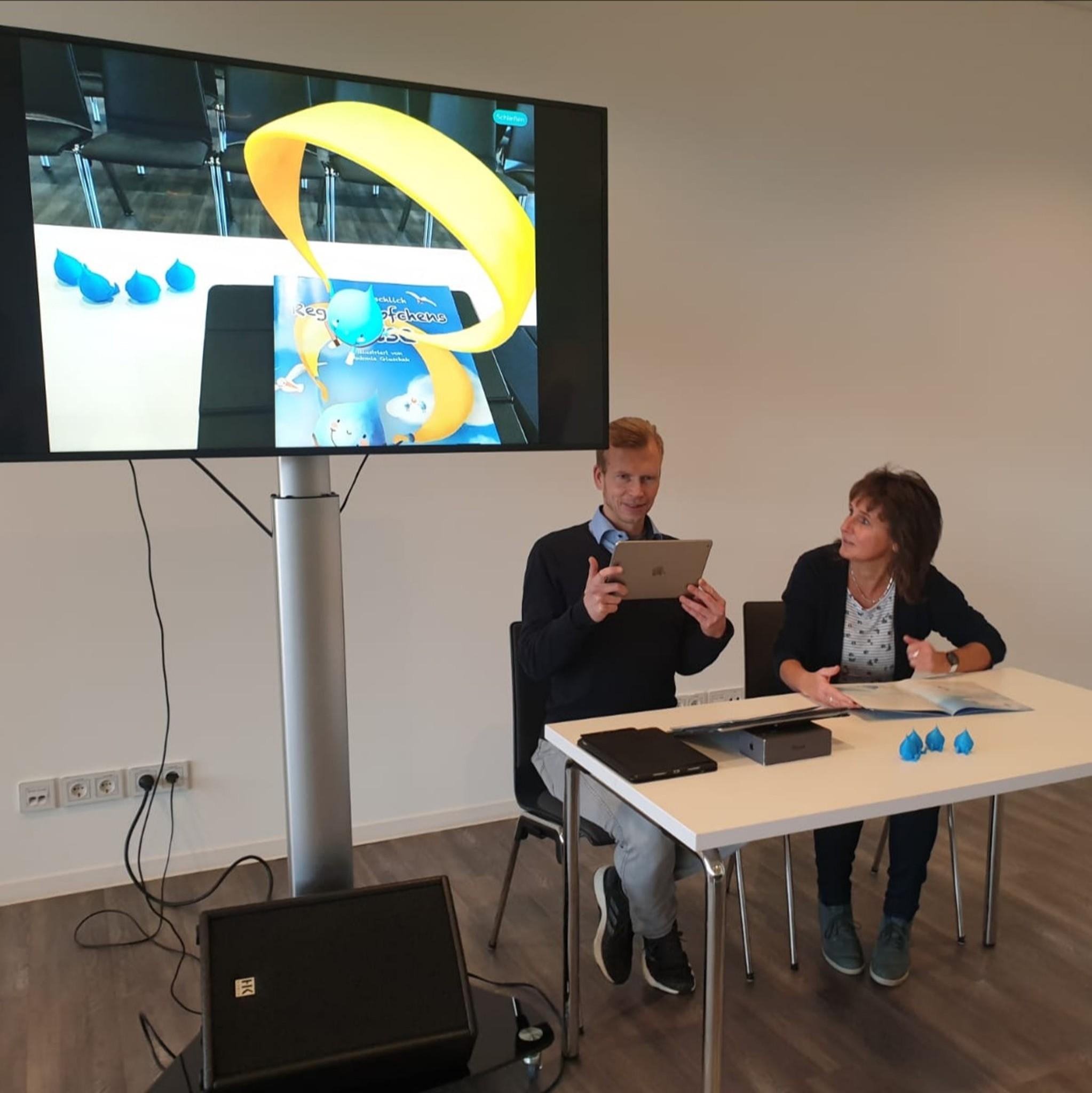 The author Iris Gottschlich presents the new children's book
