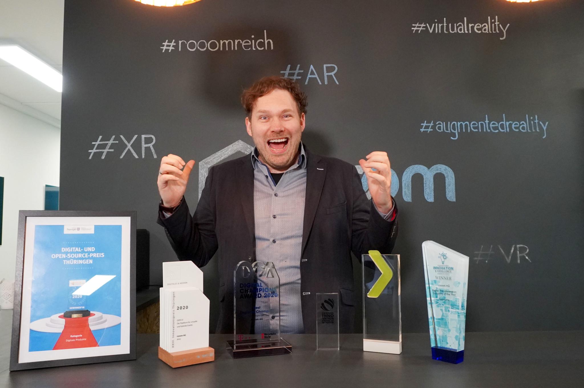 Hans Estner with awards
